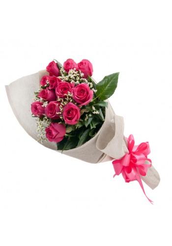 12 Rosas Rositas  Decoradas en Bouquet de $449 a $404.10