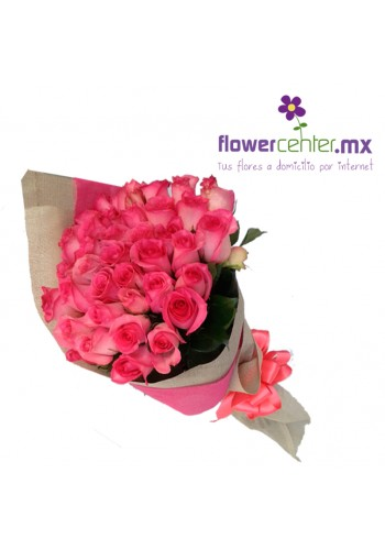 50 Rosas Rositas en Bouquet $1250