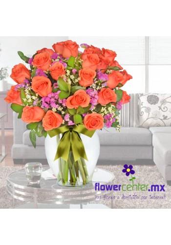 24 Rosas Naranja en Jarron