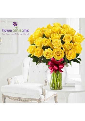 24 Rosas Amarillas en Jarron