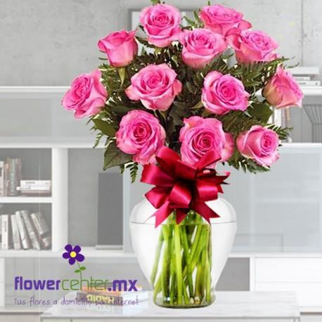 12 Rosas Fiusha en Jarron